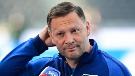 Muss im Saisonendspurt auf Stürmer Jhon Cordoba verzichten: Hertha-Coach Pal Dardai.
