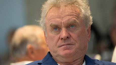Sieht die Verpflichtung von Julian Nagelsmann als Bayern-Trainer skeptisch: Ex-Keeper Sepp Maier.