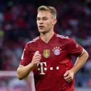 Der FC Bayern - im Bild Joshua Kimmich - spielt in der Champions League gegen Lissabon. Hier gibt es die Infos zur Übertragung im TV oder Live-Stream.