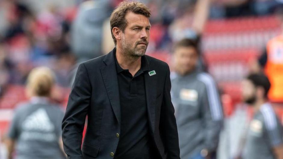 Der FC Augsburg braucht dringend Punkte in der Fußball-Bundesliga. Das weiß auch Trainer Markus Weinzierl.