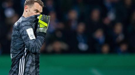 Manuel Neuer war nicht zufrieden mit dem Auftritt des FCBayern. Foto: Guido Kirchner/dpa