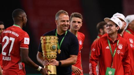 Belohnte seine Spieler mit einem Tag mehr Urlaub: Bayern-Coach Hansi Flick.