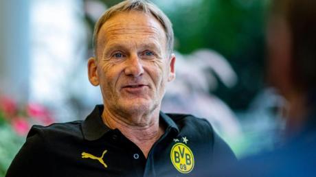 BVB-Geschäftsführer Hans-Joachim Watzke fehlen die Fans beim Pokalfinale in Berlin.