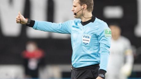 Leitet das Finale zwischen Leipzig und Dortmund in Berlin: Felix Brych.