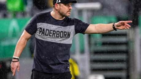 War im Achtelfinale mit Paderborn dicht dran an der Pokalsensation beim BVB: SC-Coach Steffen Baumgart.