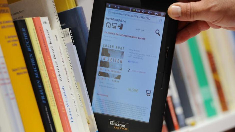 Bücher Schon Jeder Vierte Buchleser Nutzt E Books Digital
