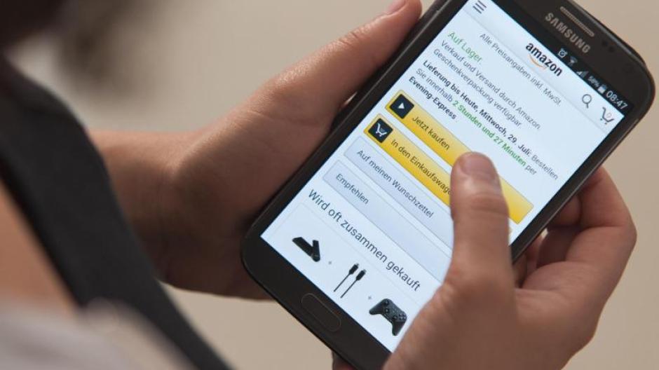 96f643deb4c7c3 Besonders groß ist der Anteil der Online-Shopper in der Altersgruppe der  Menschen von 25 bis 34 Jahren. In Deutschland kauften von ihnen zuletzt 94  Prozent ...