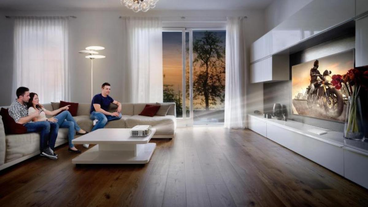 neuanschaffung beamer oder fernseher wer macht das bessere heimkino digital augsburger. Black Bedroom Furniture Sets. Home Design Ideas