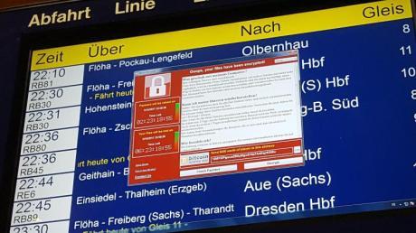 Eine weltweite Welle von Cyber-Attacken hatte im Mai Zehntausende Computer von Unternehmen, Behörden und Verbrauchern getroffen. In Deutschland erwischte es Rechner bei der Deutschen Bahn. Foto: P. Götzelt/dpa