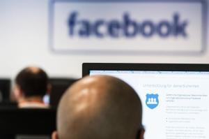 Verbraucherschützer kündigen Sammelklage gegen Facebook an