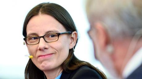 Katrin Suder rückt doch nicht in den VW-Vorstand auf.