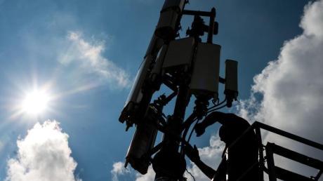 In Haldenwang wird ein Mobilfunkmast installiert.