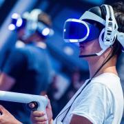 """""""Half-Life: Alyx"""" erscheint bald auf dem Markt. Es ist nur mit einer VR-Brille spielbar. Hier die Infos zu Release, Gameplay, Trailer und Kritik."""