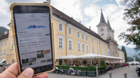 Das Herzogliche Bräustüberl Tegernsee war gegen Google vor Gericht gezogen. Der Internetriese hatte einen Online-Chart mit Wartezeiten angegeben, die dem Wirt zufolge nicht stimmen. Foto: Peter Kneffel/dpa