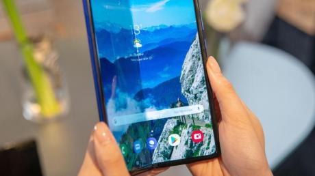 Das Galaxy Fold 5G soll am 18. September in Deutschland in den Handel kommen.