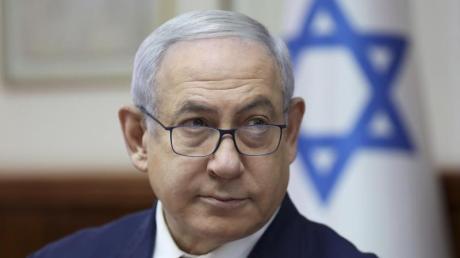 Kurz vor der israelischen Parlamentswahl hat Facebook den Chatbot auf dem Profil von Ministerpräsident Benjamin Netanjahu zeitweise blockiert. Foto: Abir Sultan/Pool European Pressphoto Agency