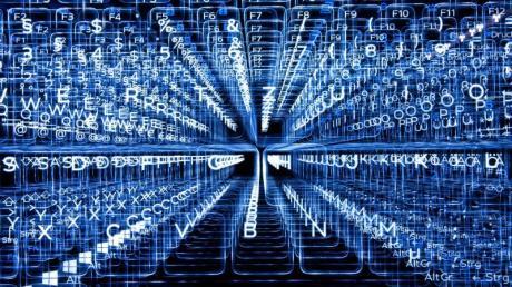 Schlecht gesicherte Geräte im «Internet der Dinge» können zum Einfallstor für Hacker werden. Foto: Sebastian Gollnow/dpa