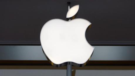 Apple steigt im November ins Videostreaming-Geschäft ein. Mit dem monatlichen Preis von fünf Euro bzw. Dollar für Apple TV+ ist das Angebot deutlich günstiger als bei Rivalen wie Netflix. Foto: Shawn Thew/EPA FILE/dpa