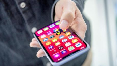Viele Apple-Geräte können Komponenten einfach daraufhin überprüfen, ob es sich um Originalteile handelt. Foto: Zacharie Scheurer/dpa-tmn/dpa