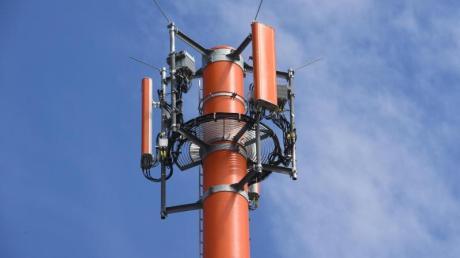 Ohne Mobilfunk-Sendemast kein Empfang: Wo gibt es in der Region Probleme? Und was tun Telekom und Co. dagegen?