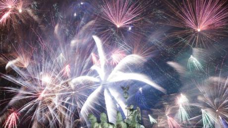 Frohes Neues! Viele Menschen greifen auf illegales Feuerwerk zurück, um Verbote zu umgehen.