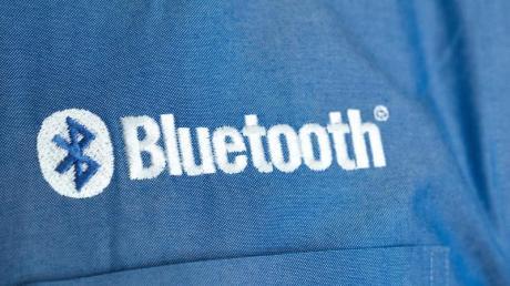Mit Bluetooth kann man Sprache, Daten und Musik kabellos übertragen oder Autos aus mehreren Metern Entfernung aufschließen. Auf der CES in Las Vegas waren nun interessante Verbesserungen zu sehen.