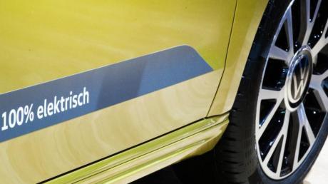 Elektronisches Bezahlen und drahtlose Updates über eine App sind nur zwei Aspekte der Software-Strategie von VW.