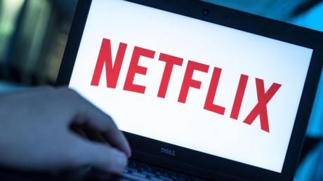 """Staffel 3 von """"Blumige Aussichten"""" ist Ende April auf Netflix zu sehen. Folgen, Handlung, Besetzung und Trailer - hier die Infos."""