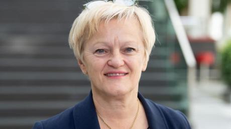 Renate Künast (Bündnis 90/Die Grünen) hat einen Teilerfolg gegen Beschimpfungen und Beleidigungen im Nezt errungen.