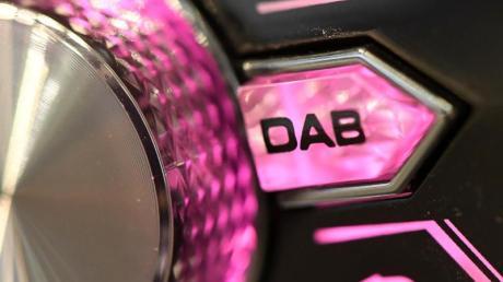 Ab Ende 2020 ohnehin Standard in Autos: Digitalradio (DAB+).