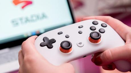 Mit Diensten wie Google Stadia sollen auch Spieler mit schwacher eigener Hardware moderne Titel spielen können.