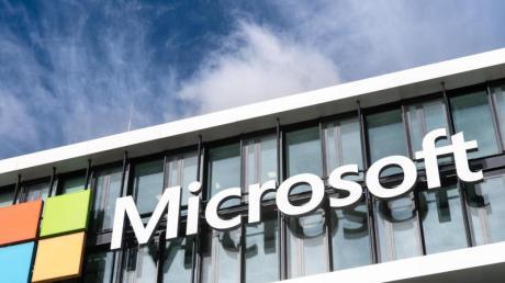 Microsoft profitiert davon, dass momentan viele von Zuhause arbeiten.