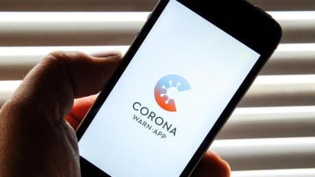 Die Entwickler der Corona-Warn-App des Bundes haben den kompletten Programmcode offengelegt und daraufhin 285 Verbesserungsvorschläge erhalten.