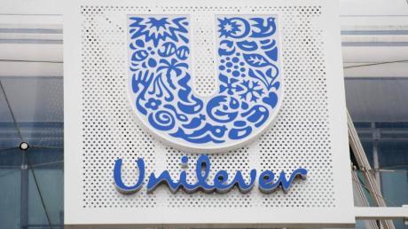 Der holländische Konsumgüterriese Unilever will bis Jahresende keine US-Werbung mehr bei Facebook und Instagram schalten.