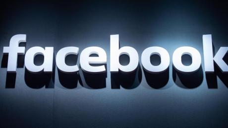 Die regierungsfeindliche Gruppe werde ab sofort als «gefährliche Organisation» eingestuft und von allen Plattformen verbannt, teilt Facebook mit.