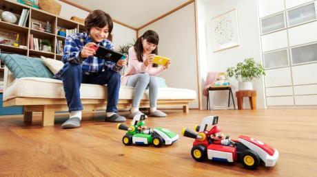Rudel im Rennfieber: «Mario Kart Live: Home Circuit» soll sich auch mit bis zu vier Karts spielen lassen.