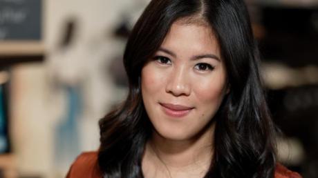 Mai Thi Nguyen-Kim bei einem Fototermin.