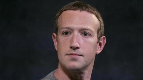 Mark Zuckerberg greift Apples Haltung beim Datenschutz an.