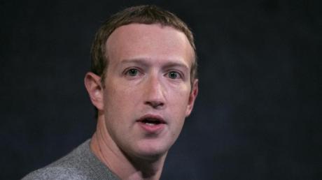 Mark Zuckerberg, CEO von Facebook, hält eine Rede im Paley Center in New York.