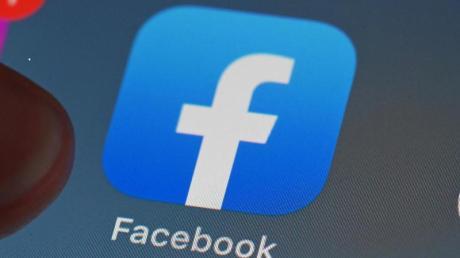 Die Daten von zahlreichen Facebook-Nutzern sind erneut im Internet aufgetaucht.