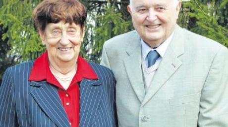 Timotheus und Marie Kapfer, als Unternehmer weit über das Kesseltal hinaus bekannt, feierten am vergangenen Sonntag ihre diamantene Hochzeit in Bissingen.