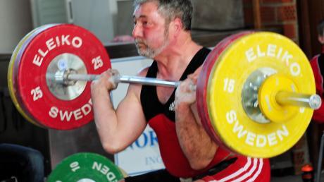 Bei den Bayerischen Meisterschaften im Gewichtheben war die SSV Höchstädt zuletzt erfolgreich. Der Antrag auf mehr Zuschuss für den Verein wurde jetzt vom Stadtrat abgelehnt.