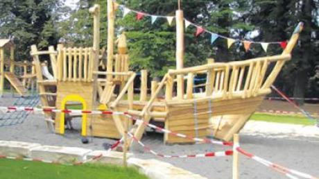 Zum neuen Spielplatz hat die Gemeinde 40000 Euro dazugegeben.