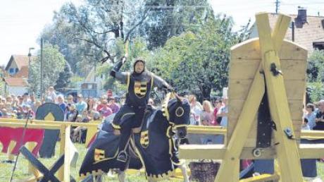 Am dritten Tag des Historischen Festes fand in Glött ein großes Ritterturnier statt. Doch das war nur ein Highlight der Veranstaltung.