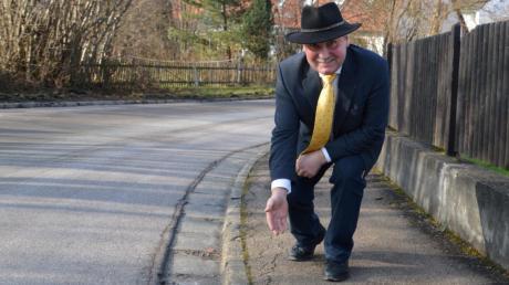 Bürgermeister Friedrich Käßmeyer freut sich, dass dieses Jahr die Altenbaindter Straße saniert wird.