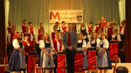 """Der Musikverein Mödingen veranstaltete sein Jahresabschlusskonzert unter dem Motto """"Musik aus Film und Musical""""."""