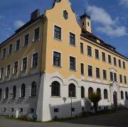 Schüler haben Vorwürfe gegen Lehrer des Lauinger Albertus-Gymnasiums erhoben.