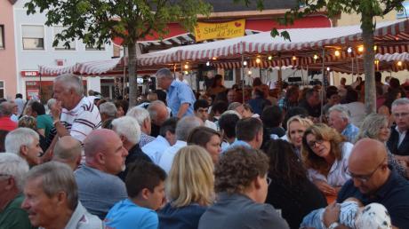 Das Bild entstand auf dem Höchstädter Marktplatz beim Stadtfest mit Herz.