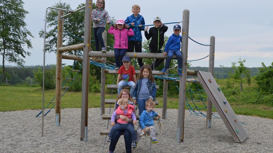 Klettergerüst Kinder Test : Spielplatz im test ein kinderparadies in oberliezheim