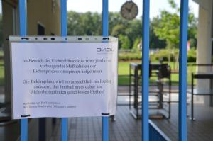 Eichenprozessionsspinner: Das Eichwaldbad bleibt geschlossen